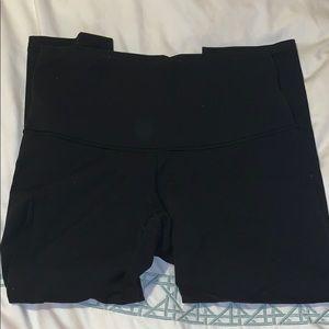 Calf length lulu lemon leggings! Size 8